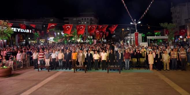 Mustafakemalpaşa'da 15 Temmuz kutlamalarına büyük ilgi