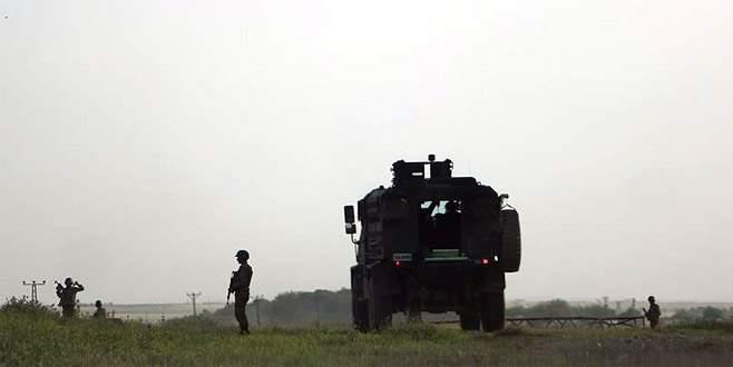 Hakkari'de güvenlik korucularına saldırı: 1 şehit, 2 yaralı