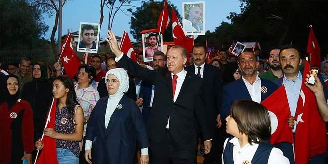 Cumhurbaşkanı Erdoğan 15 Temmuz Şehitler Köprüsü'nde