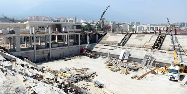 Türkiye'nin en büyük spor kompleksi hızla yükseliyor