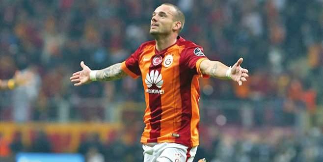 Sneijder neden gitti?