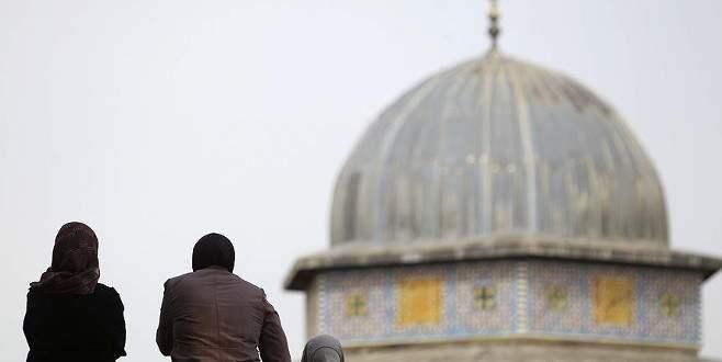 'İsrail Mescid-i Aksa'yı bölmeyi hedefliyor'