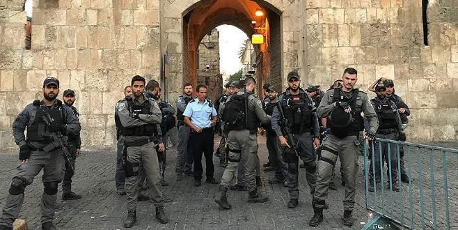 'Aksa'ya 155 fanatik Yahudi İsrail polisi eşliğinde baskın düzenledi'