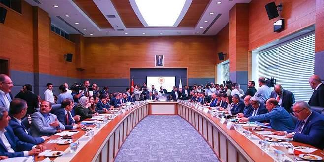 TBMM Anayasa Komisyonu 7 maddeyi daha kabul etti