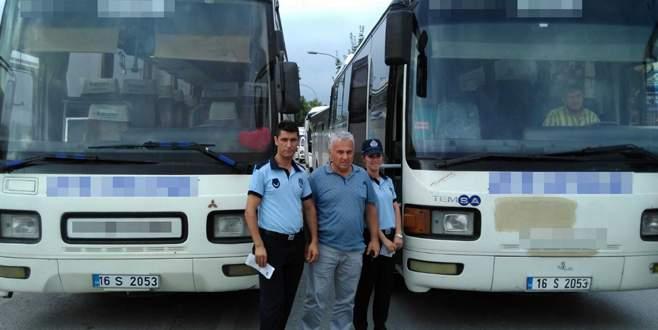 Bursa'da ikiz plakalı otobüslerle servis yaparken yakalandılar