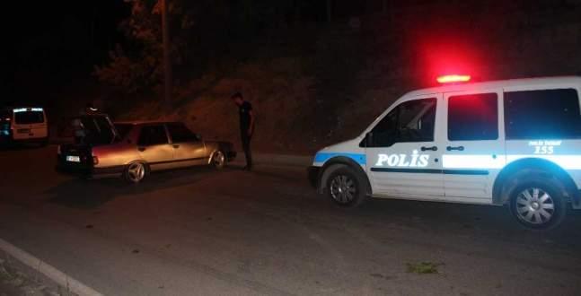 Polis, kaza yerinde sürücü aradı