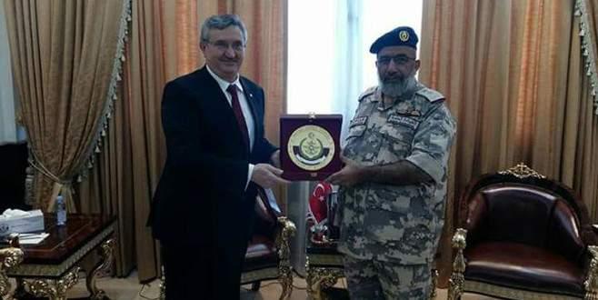 Türkiye'nin Doha Büyükelçisi Katar Genelkurmay Başkanı ile görüştü