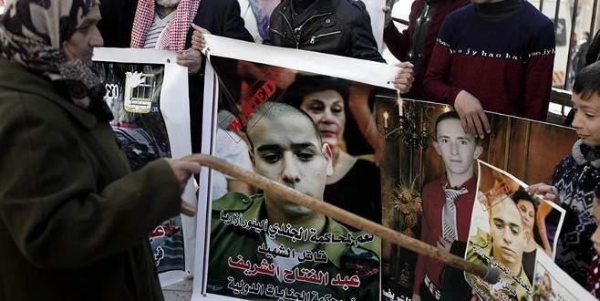 Yaralı Filistinliyi öldüren İsrail askeri ev hapsine alındı