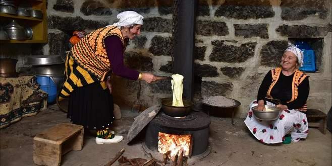 Karadeniz kültürünü 'ekoturizm köyü'nde öğreniyorlar