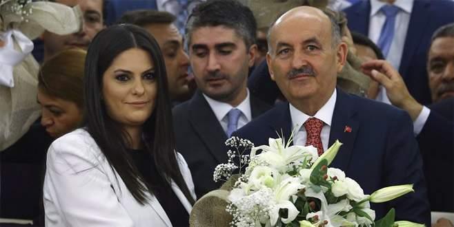 Sarıeroğlu görevi Müezzinoğlu'ndan devraldı