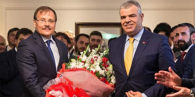 Hakan Çavuşoğlu görevi Veysi Kaynak'tan devraldı