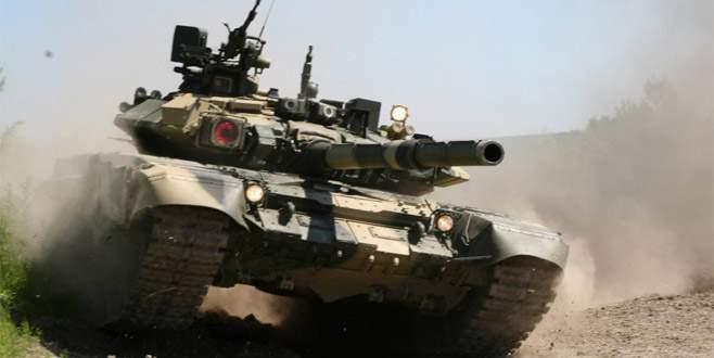 Rusya'dan Irak'a T-90 tankları