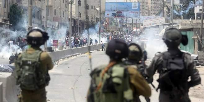 Kudüs'te ölen Filistinli sayısı üçe yükseldi