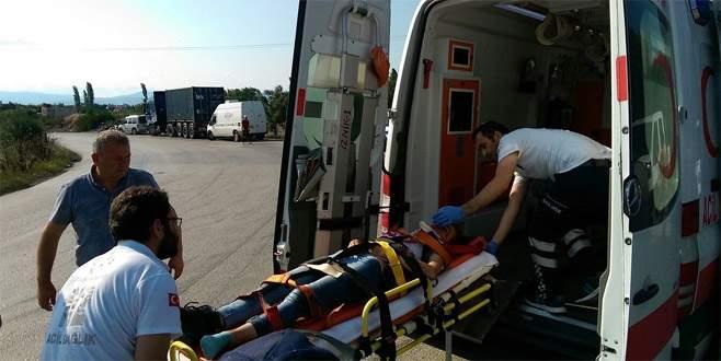 Bursa'da motosiklet ile kamyonet çarpıştı: 1 yaralı