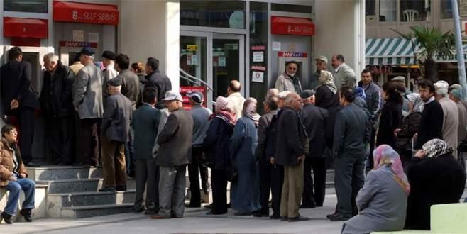 'Emekli maaşları artmalı'