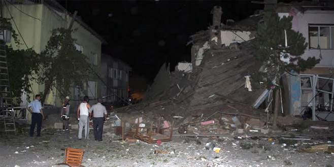 Lokantada patlama! İki katlı bina yıkıldı