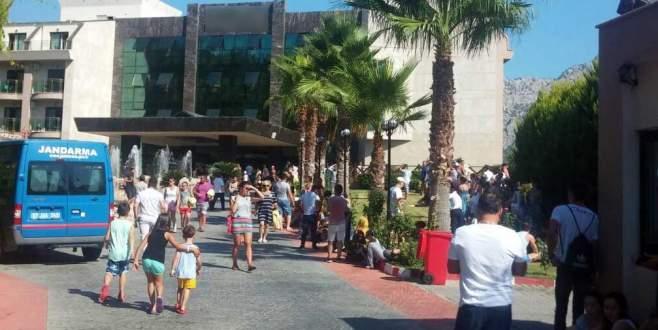 Antalya'da lüks otelde yangın