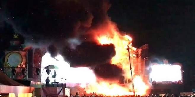 Barselona'da festivalde yangın