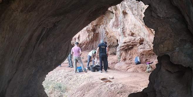Mağarada