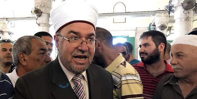 'Dini otorite, sokağın nabzını yansıtmanın dışına çıkmadı'