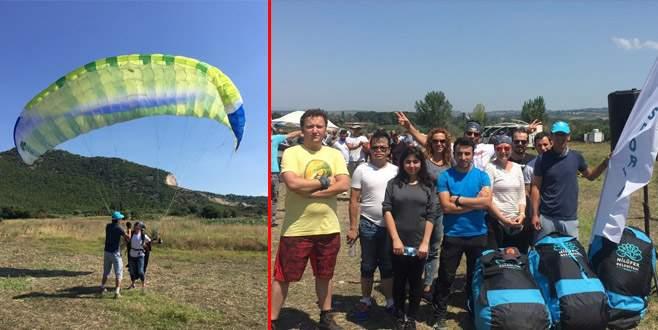 Nilüfer'de yamaç paraşütü kursu