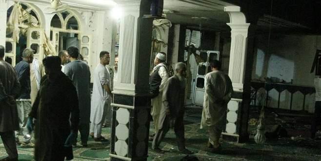 Afganistan'da camiye saldırıda hayatını kaybedenlerin sayısı 29'a çıktı