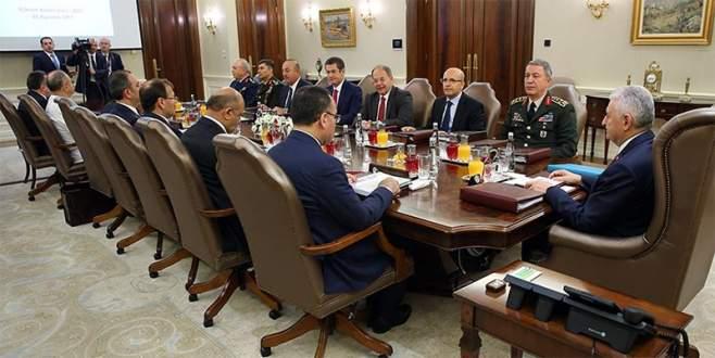 'Çok gizli' toplantıda tarihi değişiklikler