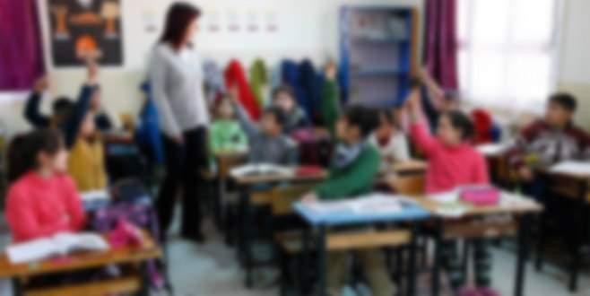 Okula gelen Suriyeli çocuğa 50 lira