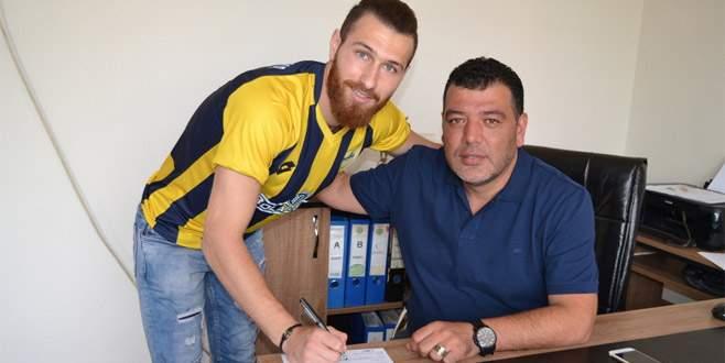 Yenişehir Belediye Furkan Kesikbaş'ı aldı
