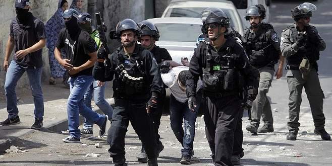İsrail güçleri 23 Filistinliyi gözaltına aldı