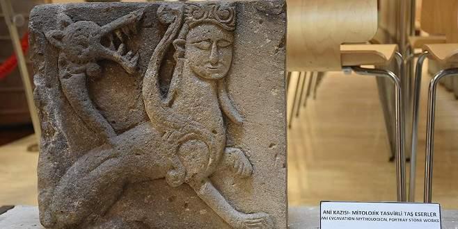Efsanelere konu olan bin yıllık 'şahmeran' görücüye çıktı
