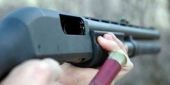 Cezaevi firarisi, 3 kişiyi tüfekle vurarak yaraladı