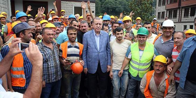 Erdoğan'dan Güneysu Konakları inşaat alanında inceleme