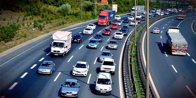 Aşırı hızlı araç kullananlarla ilgili Emniyet'ten açıklama