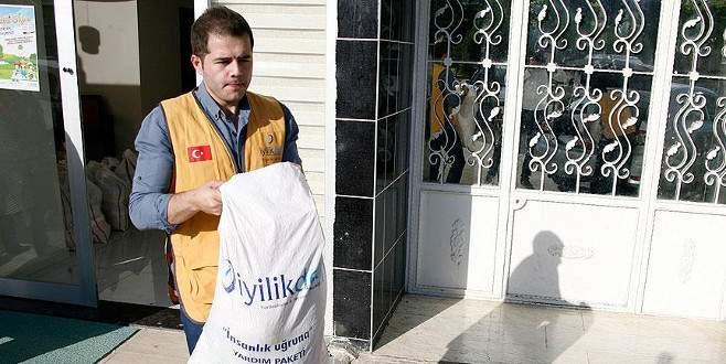 Kilis'te Suriyeli ailelere yardım