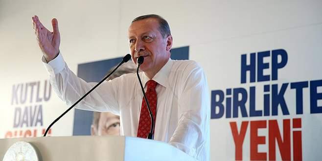 'Çıkarını ülkesinin önünde tutan AK Parti'de yönetici olamaz'