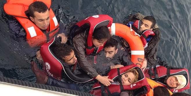 'İnsan kaçakçılarının denize attığı sığınmacılar boğuldu'