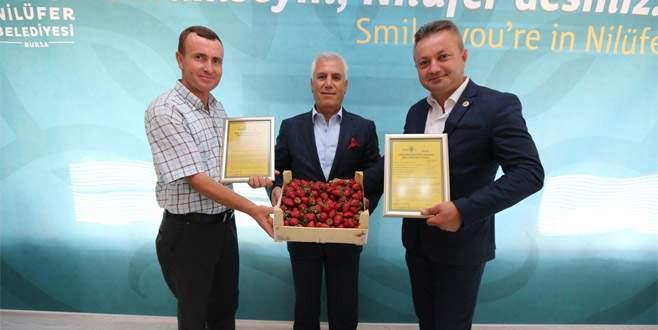 Organik ürün yetiştiren çiftçiler sertifikalarını aldı