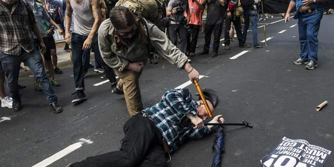 Irkçı gösteri sonrası OHAL ilan edildi