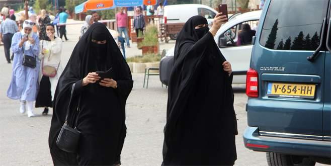 Arap turistler Uludağ'a akın etti