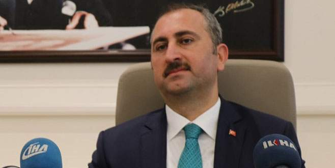 Adalet Bakanı İzmir'deki saldırıyı kınadı