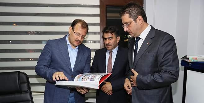 Çavuşoğlu'na yerel medya brifingi