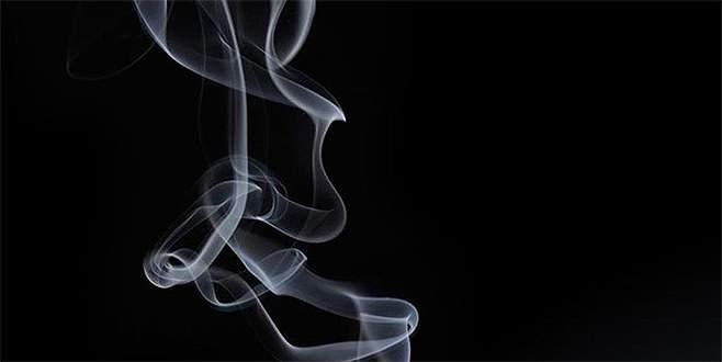 Kansere yakalanınca, kendisini sigaraya başlatan arkadaşını öldürdü