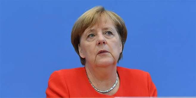 Merkel: 'AB taahhüdünün arkasında duruyor'