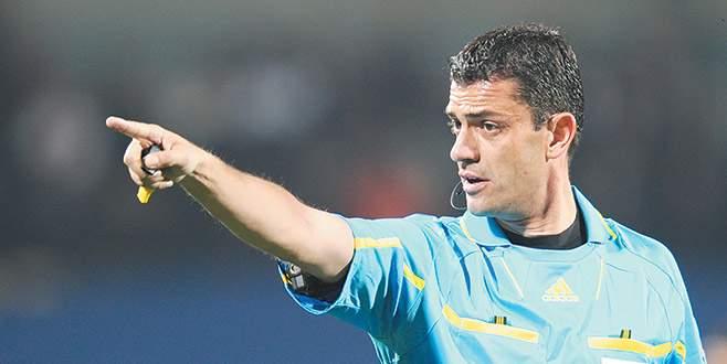 Türkiye-Hırvatistan maçı hakemleri değişti
