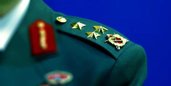 TSK'da 7 general ve amiral emekliliğini istedi
