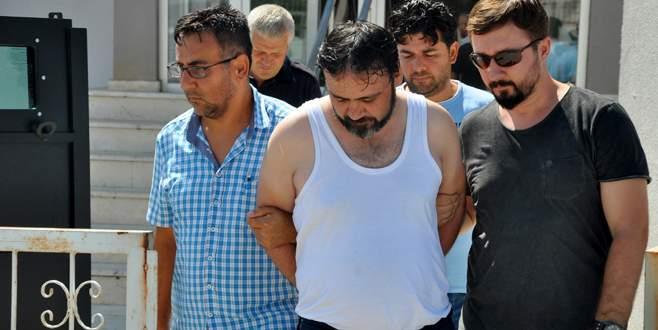 Cezaevi firarisi dolandırıcı Bursa'da yakalandı