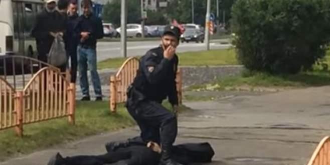 Rusya'da bıçaklı saldırı! 8 yaralı