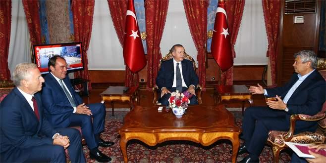 Demirören ve Lucescu Erdoğan'ı ziyaret etti