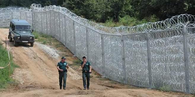 Komşu sınıra asker gönderiyor